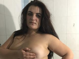 CarrieRef - Hello to everyone. I am nice brunette girl with big breasts. And i like to perform it. Want to see? Come to my room.