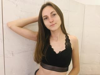 JekkieJost - I am good dancer and i like to shake my body. If you want to see it and join me im waitin for you in my room